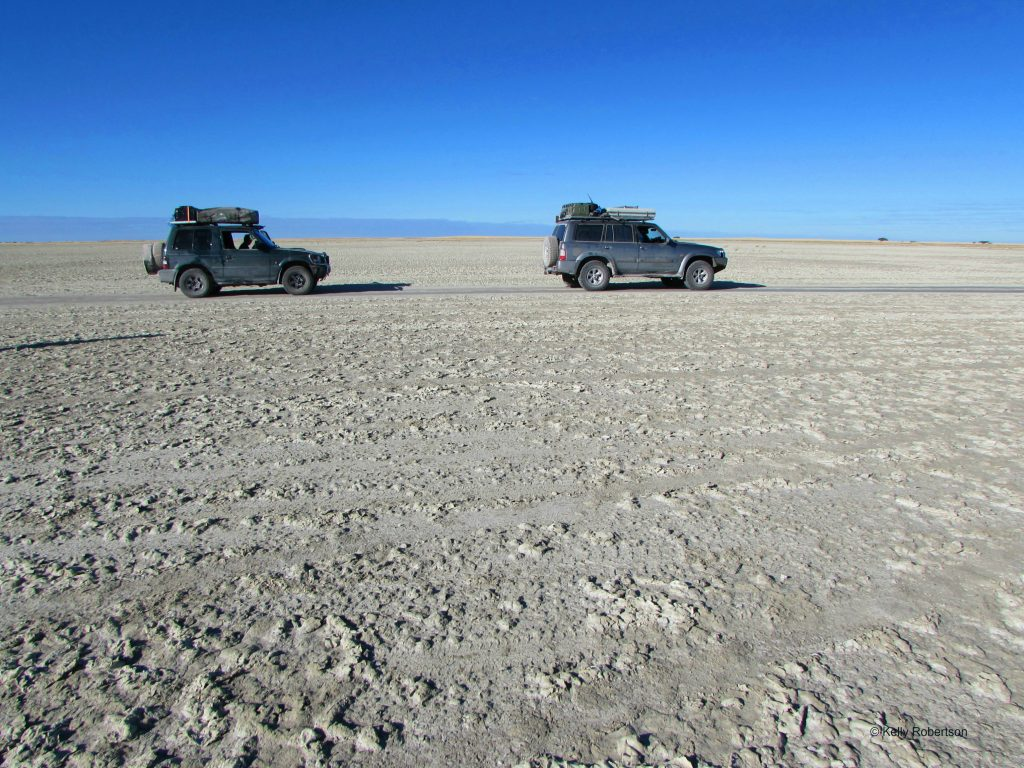 Pajero and Patrol on the Makgagdikgadi Pans, Kubu Island